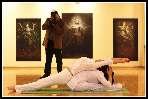 瑜伽美女教练! 单县吧