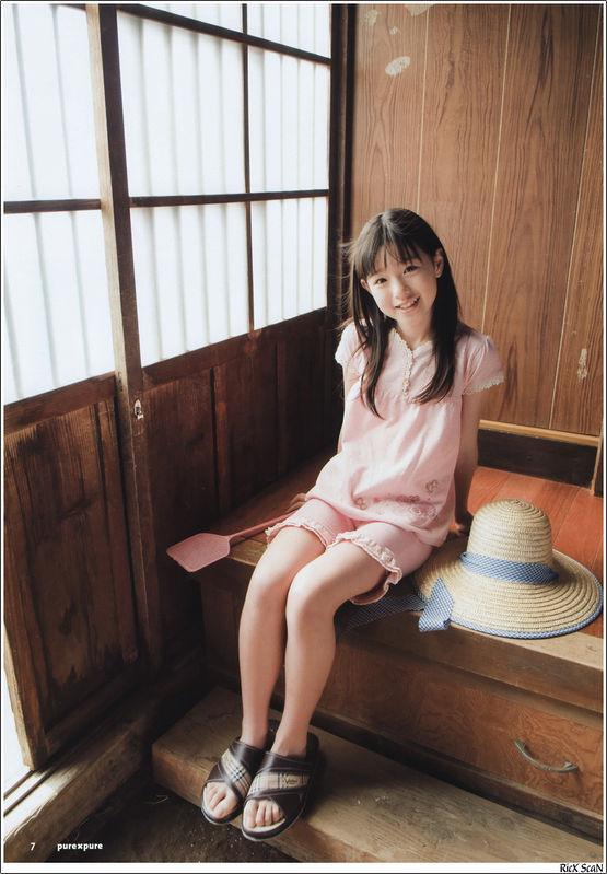 回复:【不定期更新】95后の美脚 美少女~ 足吧