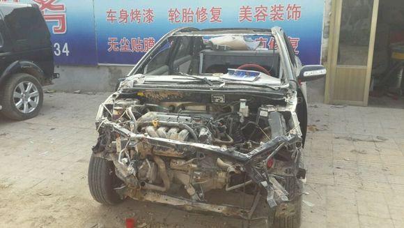 桑塔纳来发动机大修,新款路虎发现4尾部事故,途胜全车喷漆,吉高清图片