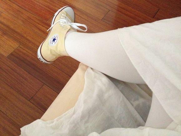 白丝白裙+帆布鞋