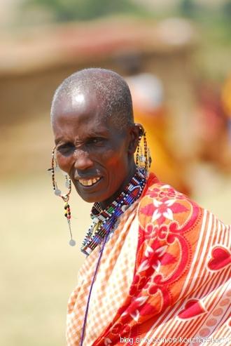 5Yab5LqL6LWE6K6v_非洲原始部落生活电影图片展示_非洲原始部落生活 ...