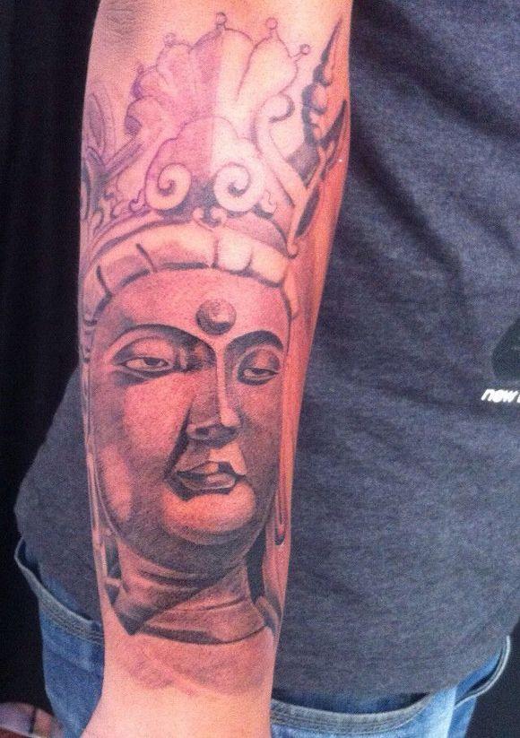 【小手臂佛】纹身花絮! (580x822)-佛纹身 男生手臂前卫经典的一张