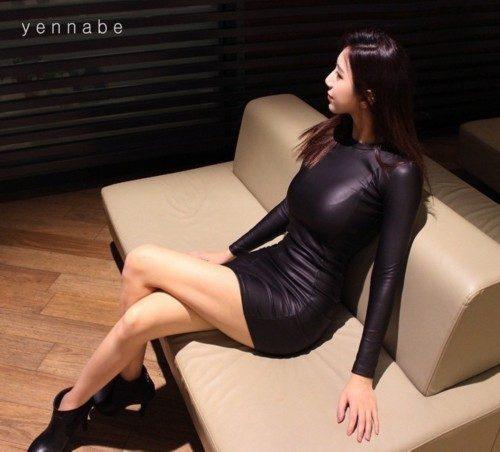 韩国爆红美女体育老师私房照