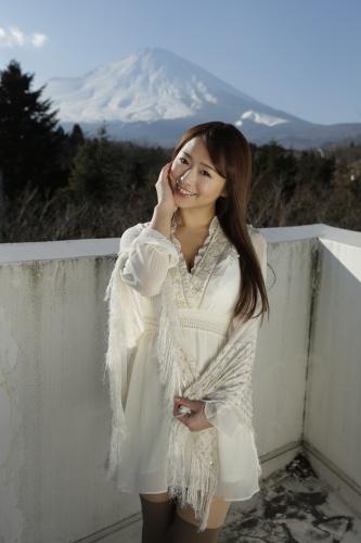 白石茉莉奈 写真 日本写真女优 白石茉莉 绘蜜臀撩人高清图片