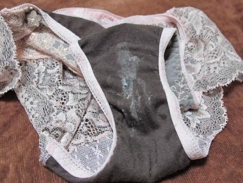 以前以为美女的内裤是香的