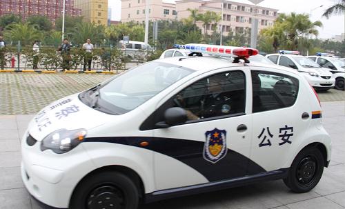 改装mgtf敞篷警车中国四川,凯迪拉克凯雷德.中国深圳,比亚迪f0.高清图片