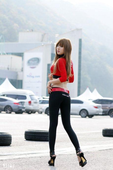 韩国美女车模 黄美姬