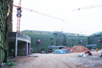 教学楼.作为山大青岛校区的一期项目,e区教学楼于2013年3高清图片