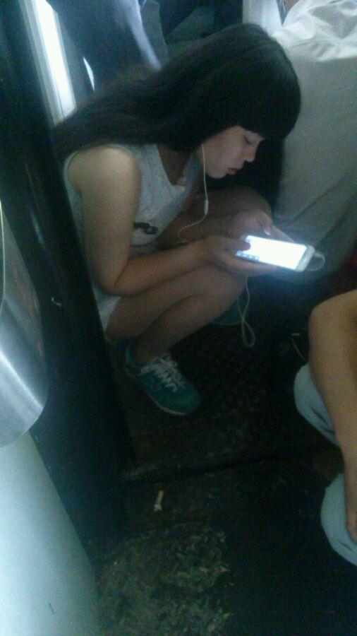 火车上的极品肉丝美女喝爽歪歪
