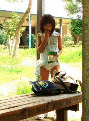 日本小学女生好变态 美女吧