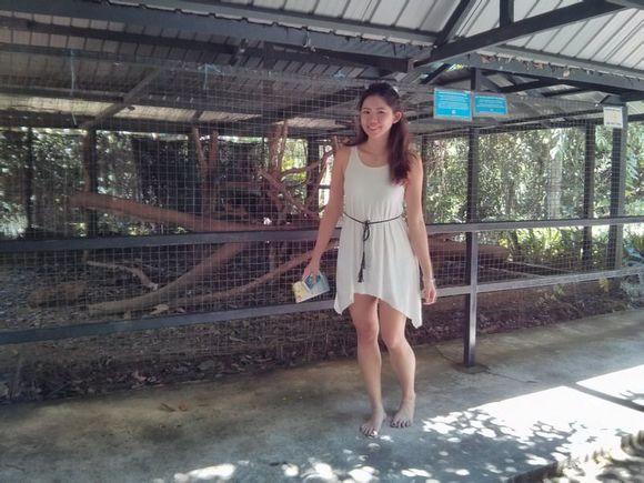 华裔美女马来西亚kuchingite赤脚游