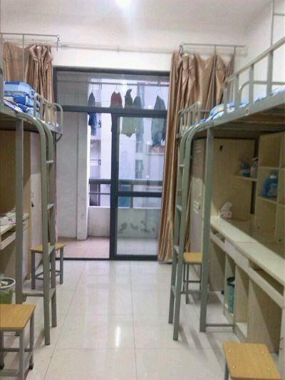 求学校宿舍照片_南京理工大学泰州科技学院吧_百度贴吧图片