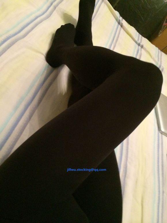 厚黑丝袜无缝的哦很舒