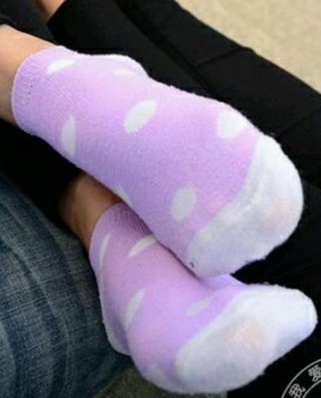美女粉色棉袜 棉袜脚吧