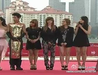 今晚MAMA颁奖礼红毯,魏晨的衣服会不会太那个什么