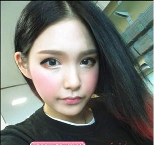 韩国网络美女张伊娜