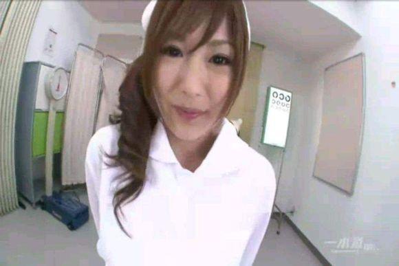 刚刚偷拍了一个护士 你们看看几分
