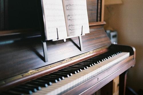 学习钢琴的好处_钢琴吧图片