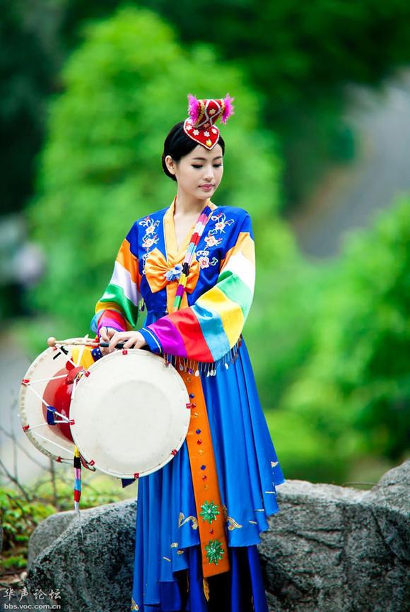 友谊朝鲜族美女 友谊县吧