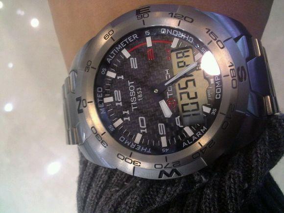 不仅仅是手表,终于可以测气压了图片