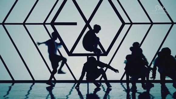 exo 【狼和美女 预告片2】1080p截图