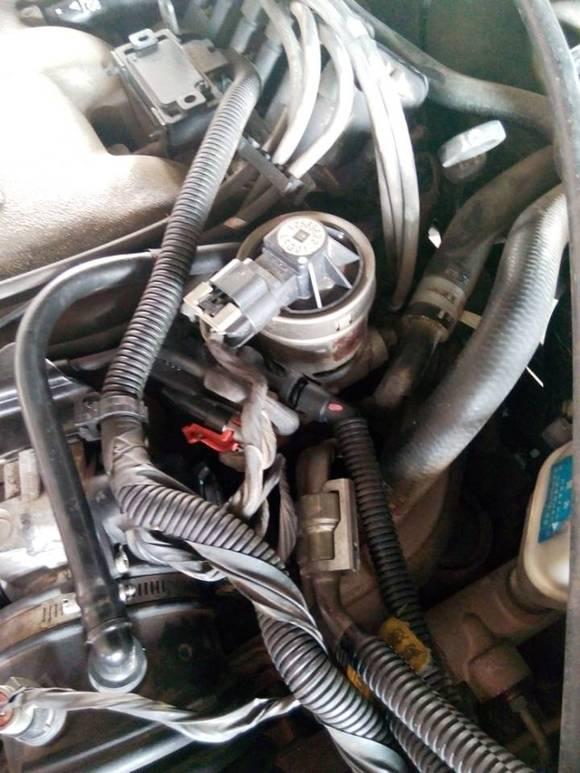 汽油机的egr阀图片