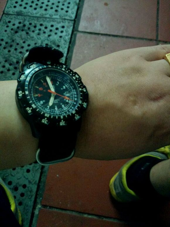 生日老妈送我卡西欧气压手表图片