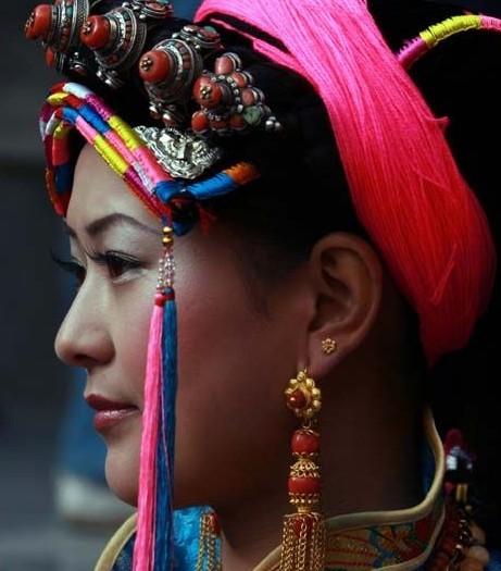 安多女人?汉族女人?