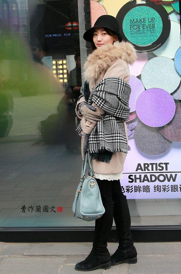 2015年街拍长靴美女图不定期跟新