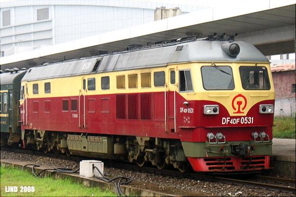东风4系列内燃机车 二