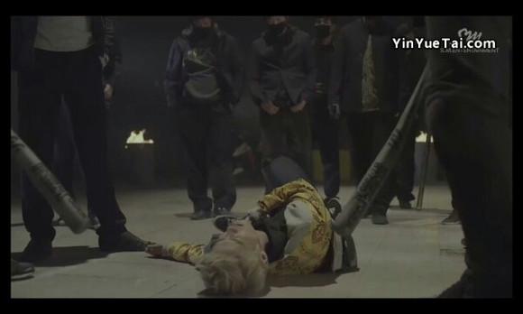 exo爆帅《狼与美女剧情版》mv鹿晗被虐胃
