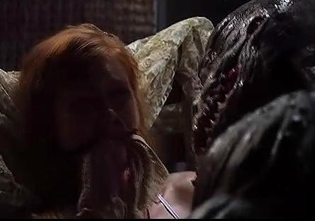血异形怪物人电影沼泽怪物异形怪物美女