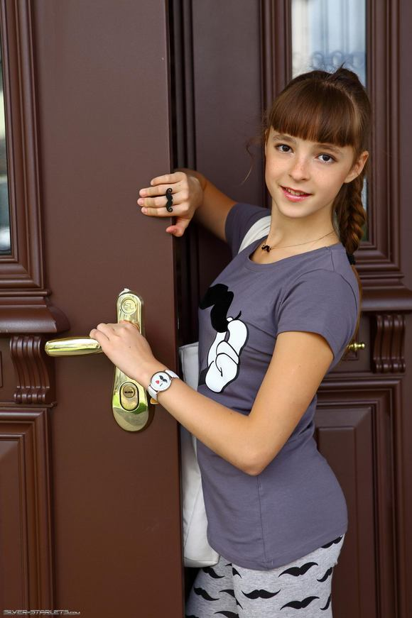 Ksenia AmourAngels Pictures and Videos - PeachyForum