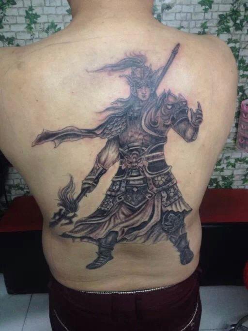 昨天去纹身了图片