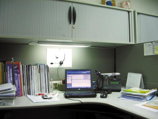大家来爆一爆你现在的办公或者电脑桌面的样子把图片