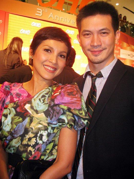 回复 KEN和妻子NOI图片