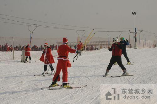 山东最的平原滑雪场东营龙居桃花岛滑雪场