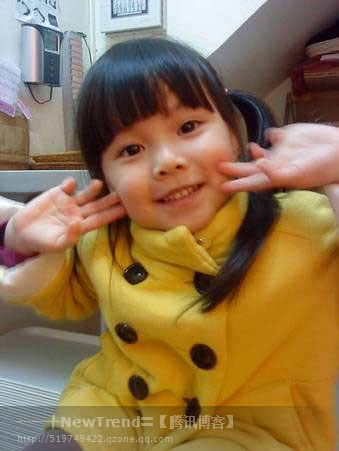 上的网络小红星.在台湾,她本是家喻户晓的电视童星.2005高清图片