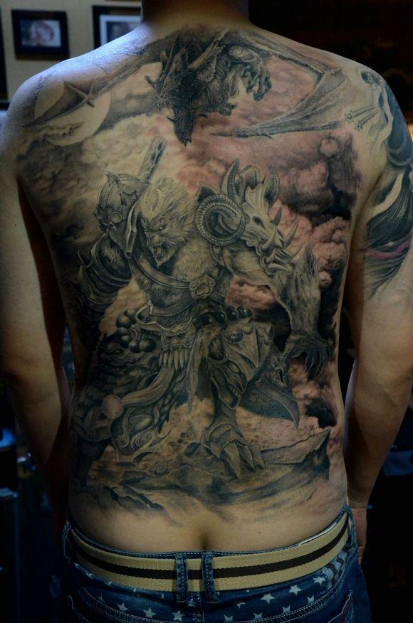 斗战神脑残粉,满后背纹圣僧刺青图片