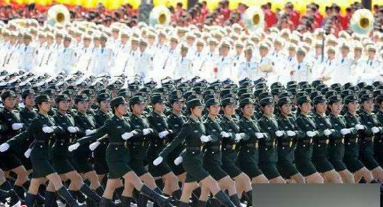阅兵式中朝女兵震撼对比 朝鲜半岛局势吧 百度贴吧 高清图片