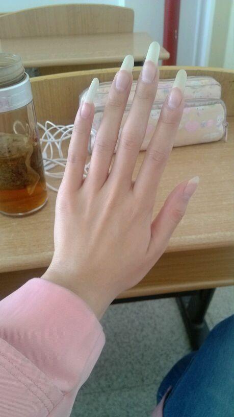 我喜欢女孩子留长点的指甲