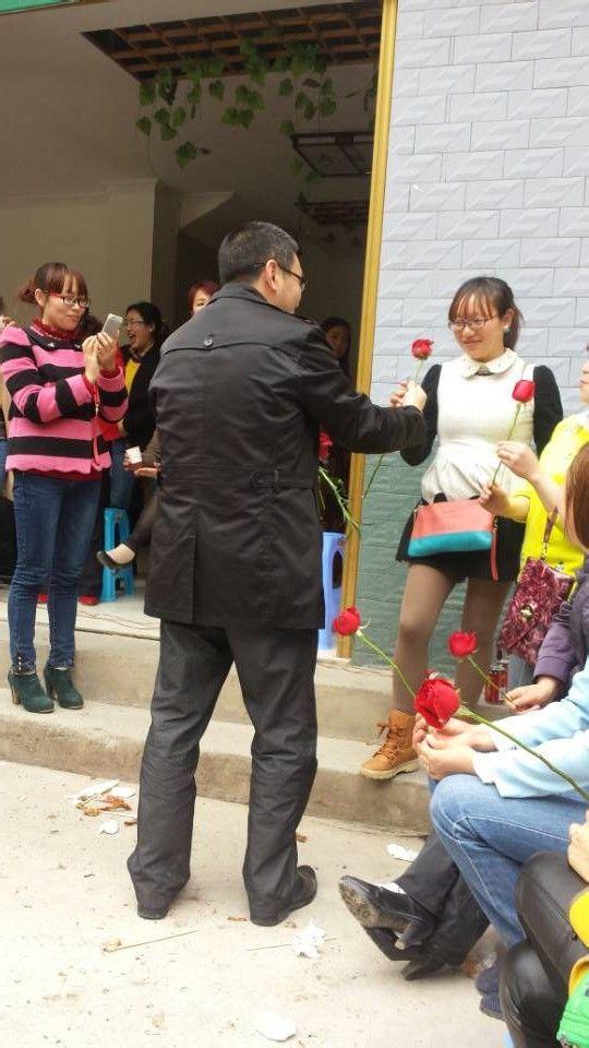 重庆奉节中学贴吧_重庆奉节竹园中学校长徐清银与民同乐