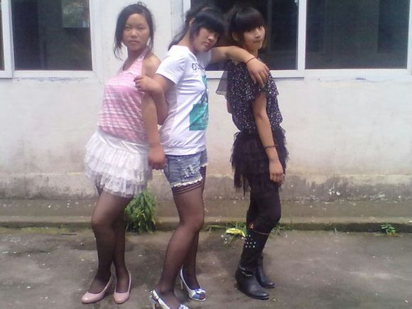 魅力少女三人组