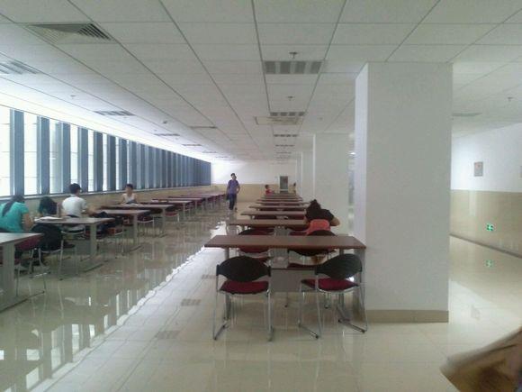 齐鲁工业大学图书馆 齐鲁工业大学图书馆主页图片