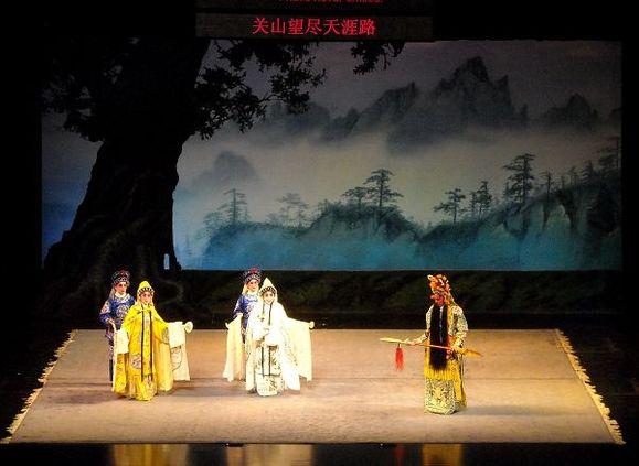 """近年最精彩的粤剧演出:""""曹操.关羽.貂蝉""""图片"""