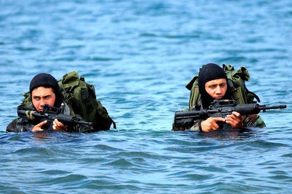 各国军人体形对比,还有女兵的,各种吓尿 吞噬星空吧 百度贴高清图片