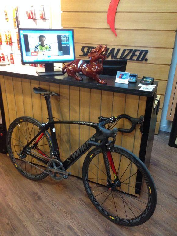 自行车 580_773 竖版 竖屏图片