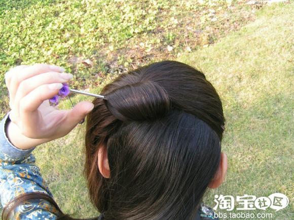 发簪插入头发中图片