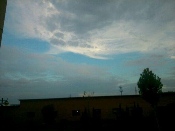 晒晒你家乡的蓝天白云