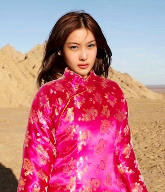 回复:温暖的绸缎棉被 迷人妖艳的丝缎袄_绸缎棉被 ...